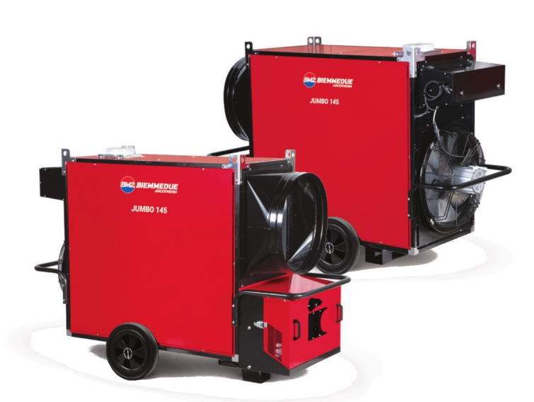 Foto der neuen Serie Jumbo, die Heizgeräte mit Leistung von 88 kW bis 235 kW. Heizöltanks werden üblicherweise daneben aufgestellt.